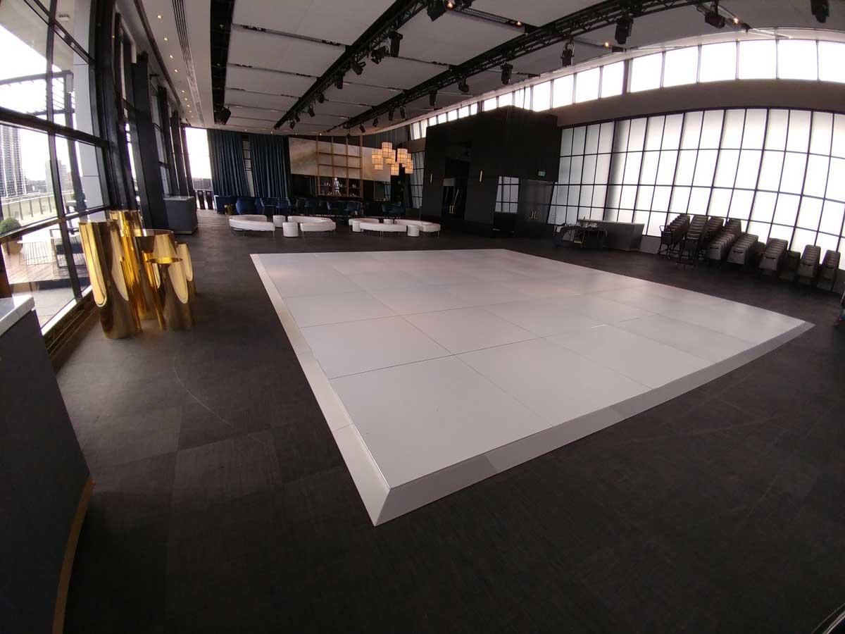 white-dance-floor-luminare.jpg